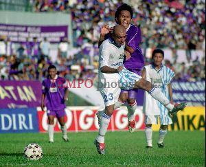 Gosip pemain asing Persib Claudio Lizama
