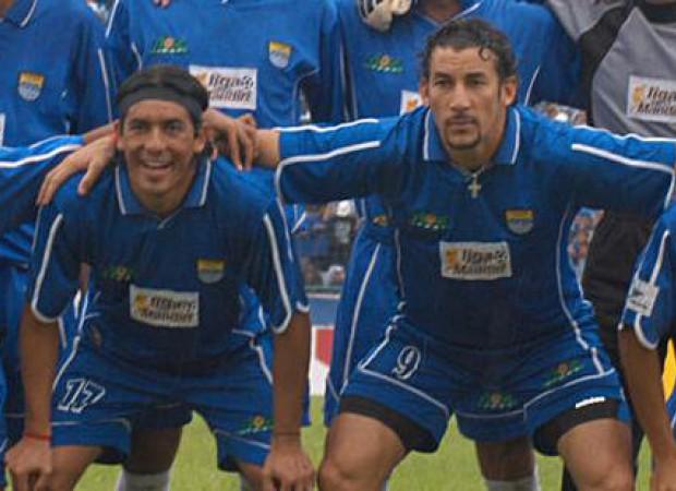 1-agustus-2004-duet-moreno-molina-cetak-gol-pertama-untuk-persib